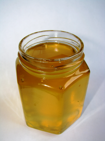 Acacia honey - clear honey (2)