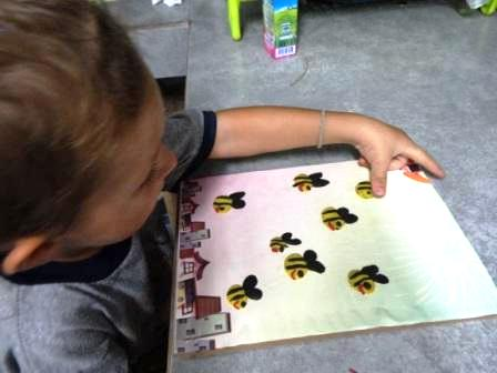 Bee arts and crafts - bee crafts for preschool (7)