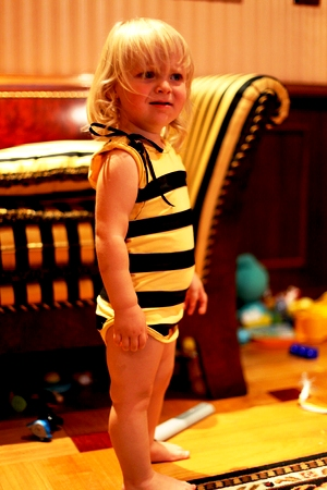 DIY bee costume - bee costume homemade (10)