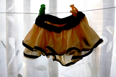 DIY bee costume - bee costume homemade (11)