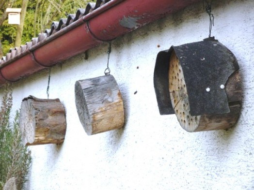 Bee house - bee hotels (2)