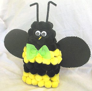 Bumble bee crafts - making a bumble bee (1)