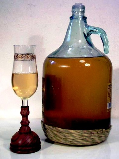 Mead honey wine - honey and vinegar drink (2)