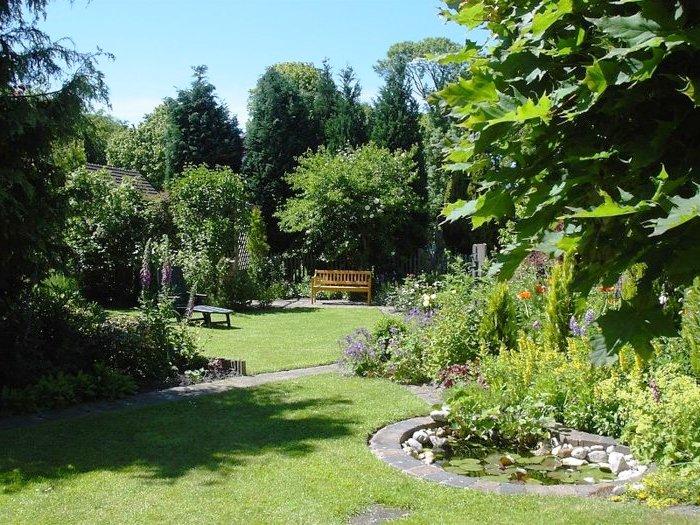 Bee garden1