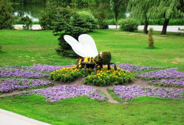 Bee symbol1