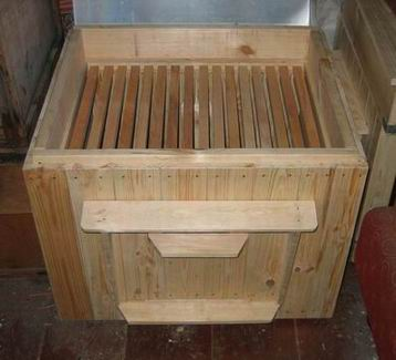Bee hive construction - start bee keeping (2)